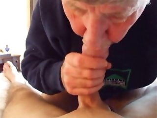 big cock Grandpa shows his astonishing blowjob talent amateur